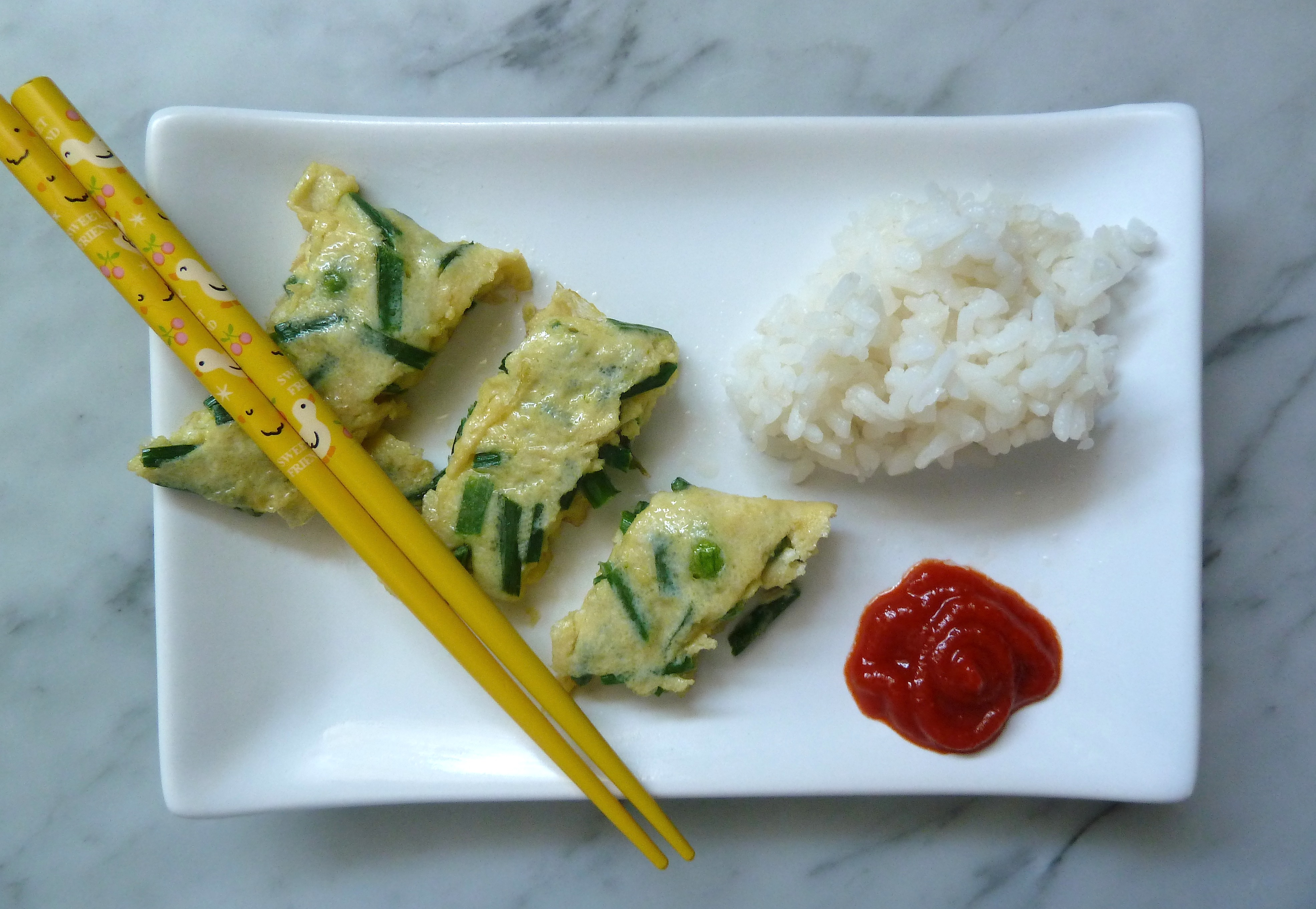 Eat Your Flowers! Chive Flower Omelet | spicebox travels
