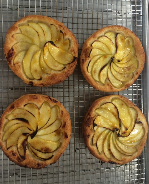apple tartlets.jpg